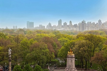 EXTRAORDINARY CENTRAL PARK VIEWS!